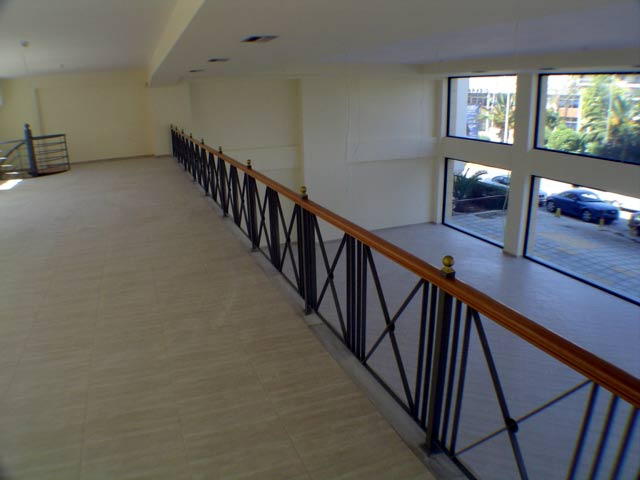 A view of the spacious Ground Level Loft CLICK TO ENLARGE