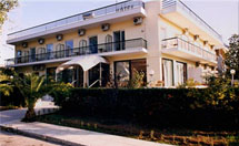 BLUE SKY HOTEL IN  GLYFADAEleftherias 26 & Zamanou