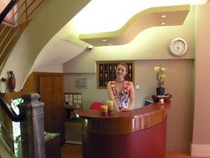 DIVA HOTEL  HOTELS IN  13 Sproradon & Kefallinias strt, Kipseli