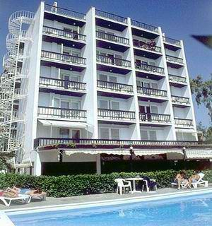 HOTEL PALACE IN  4, Possidonos Ave., Glyfada